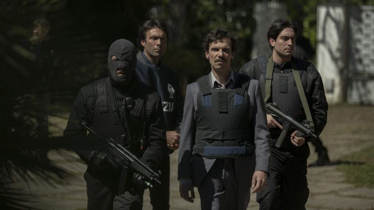 Francesco Montanari torna a caccia di mafiosi ne Il cacciatore 2